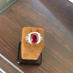 Brand new 925 sterling silver ring
